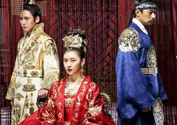 細數7部『惡女摧殘 、暖男相助』的話題韓劇