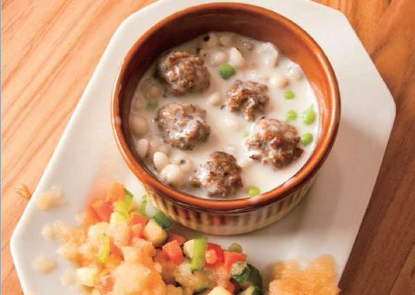 生日大餐可以這樣準備?教你在家做「豆漿豬肉丸湯」,狗狗的日常伙食公開!