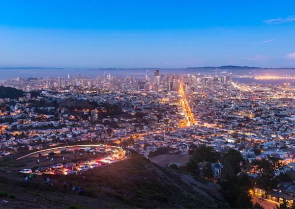 """舊金山十大必訪景點!這間""""粉紅書店""""最受女生歡迎,連花街都是拍照拍片聖地!"""