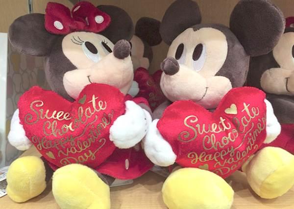 告白用這個「Love U」迪士尼對杯一定中!5款限定情人節小物,去日本旅遊怎能不先囤貨?