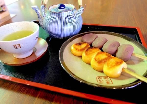 日本古代的平民小吃「団子」(丸子)~來東京吃丸子讓行程更【丸】整