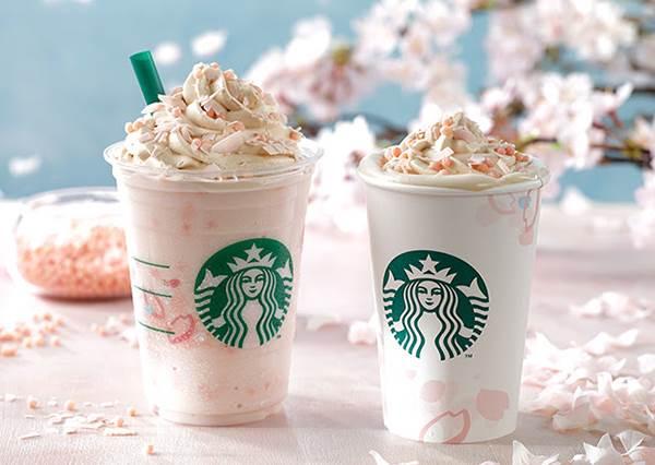激發少女心的夢幻品又來啦!星巴克期間限定「櫻花奶霜拿鐵」,還真的加了櫻花瓣?!