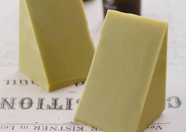 自己作皂成份都知道,這塊綠抹抹的酪梨乳皂原來是這原因被大推薦!
