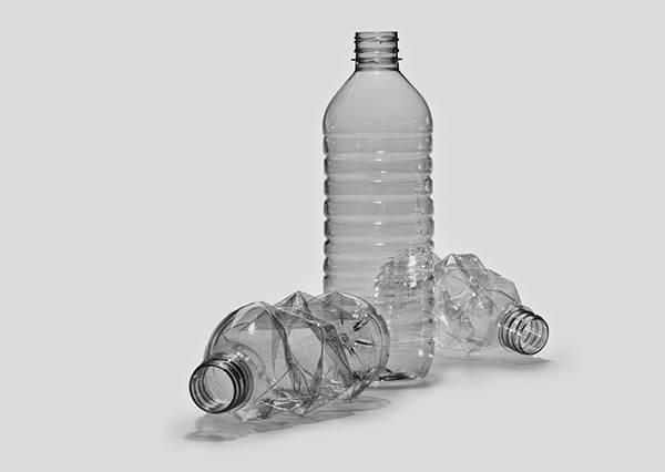 好用的程度不比大創小物差!寶特瓶新妙用法,略略DIY又能重複再利用