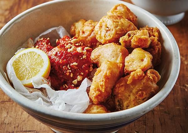 「口味半半,蘿蔔請多給!」教你在家怎麼做韓式炸雞,尤其醃白蘿蔔一定要學會!