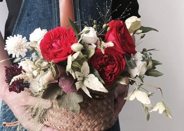 【重要日子常常忘記買花的朋友們~韓國的乾花販賣機是你們的救星 ! 】有這東西, 隨時想要買花送給自己送給家人送給另一半都是超方便的阿~~!