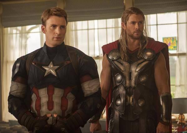 電影中的英雄不只是要會救人 也要長得夠帥才行