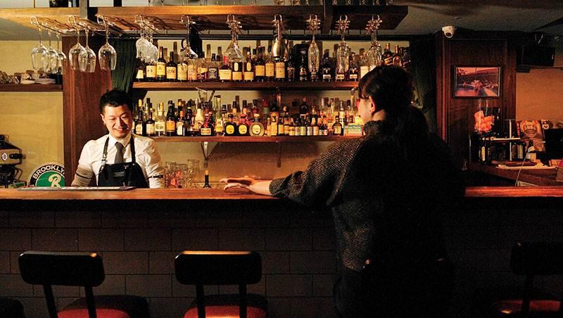 一個人的酒吧