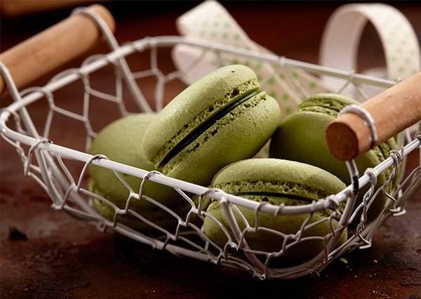 真的不費工!在家就能作的加濃版「日式抹茶馬卡龍」,苦味甜味自己決定