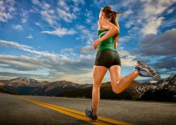 想瘦只好繞著公園辛苦跑步? 其實用對方法只要多喝水,也能達到和跑步同樣的代謝效果!