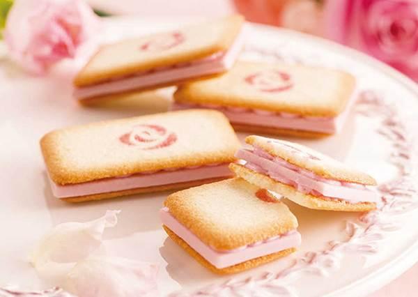 當伴手禮也太有心意了吧!會讓少女失控的3款粉嫩系甜點:花瓣造型的「櫻花派」也太浪漫❤