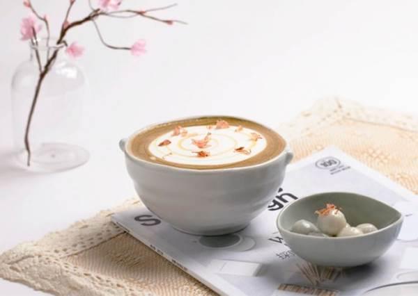 粉嫩櫻花結合濃郁的茶歐蕾!Petit Doux.微兜Café Bistro推出浪漫櫻花系列甜點