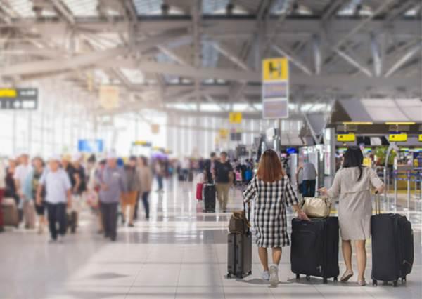 行李不見要找誰?出國前「你必須知道的10件小事」:出發前跟行李拍照其實很重要!?