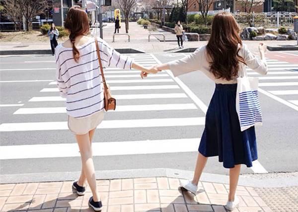 從走路姿勢上就能看出來!真正的受歡迎女性是⋯⋯?