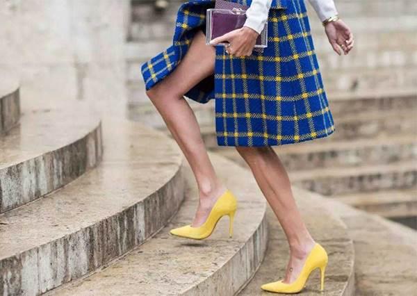 成功減重13公斤☆由日本人氣模特兒仁香來教導【不同鞋子】的正確走路方法