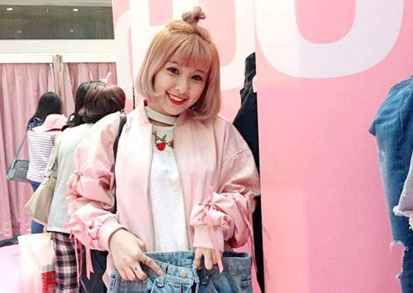 別再說駕馭不了粉紅色!2大外衣穿搭準則:這種LOOK在日本街頭激增!