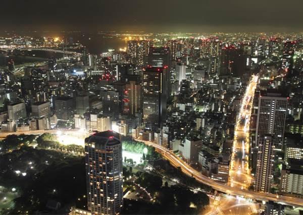 出國玩就是連晚上都玩才划算!日本、韓國十大夜間限定體驗:韓劇浪漫橋段都在這裡拍