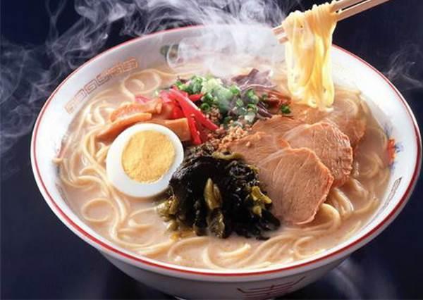 去日本玩不會說日語該怎麼點餐?除了翻譯APP,「懶人大絕」一起教:點餐再也不怕會踩雷啦