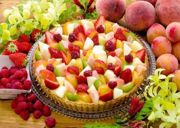 一年只有7天的夢幻「蜜桃祭典」,8款超豪華水蜜桃塔,讓你不知道是在吃水果還是派!