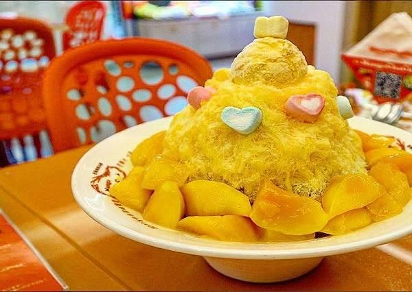 信義區的深夜食堂!6間全新美食進駐「貨櫃市集」,在101旁也可以吃著擔仔麵跟芒果冰啦!