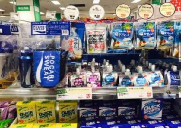 夏天狂流汗時吃顆糖就好?!日本特有「消暑聖品」介紹:冰涼的荔枝水光聽就很解渴啊!