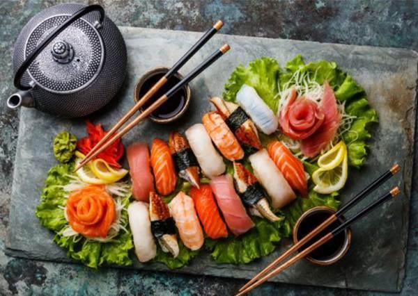 壽司要一口吃完才有禮貌?不可不知的日本飲食禁忌:亂丟食物小心好兄弟跟你走!?