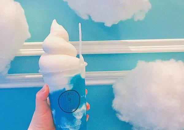 軟綿綿的白雲竟然也能當甜點配料?3家少女必去雲朵餐廳,吃完肯定輕飄飄啊!