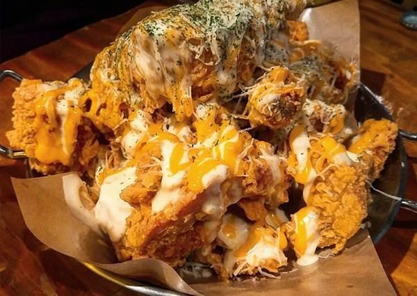 深夜別看!專程飛韓國吃也值得「紅翻首爾五間起司料理」:牽絲是基本的,爆漿居然也來湊咖