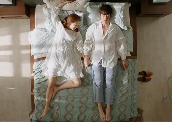 買尬~躺著躺著居然就天亮了?!掌握上床後「黃金15分鐘」,搭配5招靜態活動,失眠去去走!