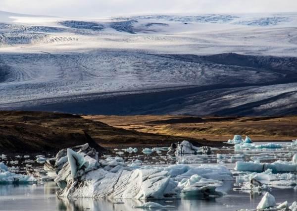 想看極光但是又不知道做?此生必去的冰島買機票沒有這麼難,讓你牽著男友一圓冰島夢!
