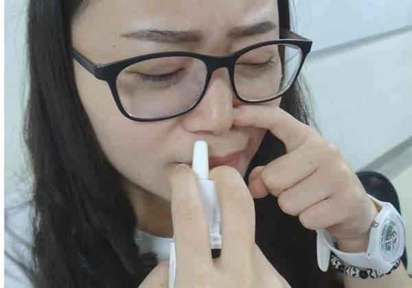24歲男鼻塞竟變藥物成癮!醫師警告切忌做這個動作…