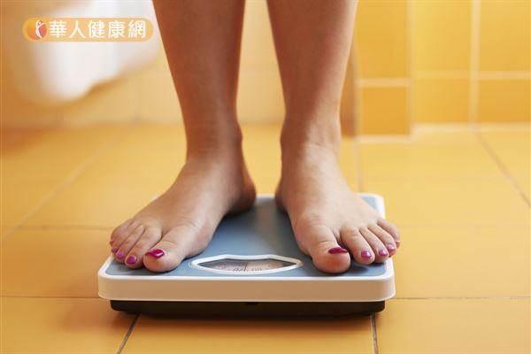 減重減出脂肪肝!?營養師:熱量1卡≠1卡