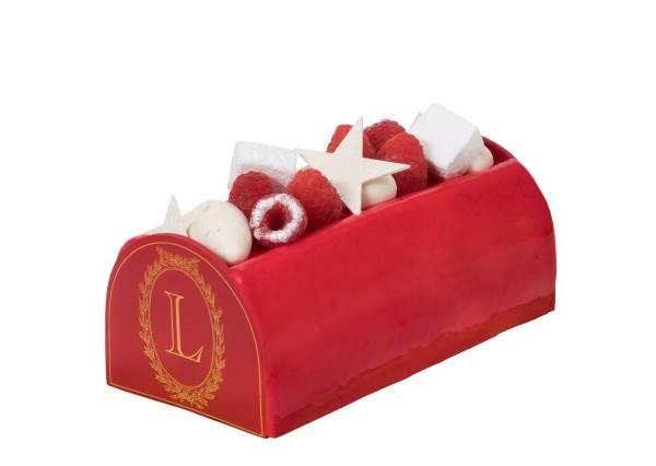 這蛋糕根本就是拍照道具吧!超犯規「聖誕限定夢幻甜點」,這盒甜甜圈還沒吃就先被萌翻了啊