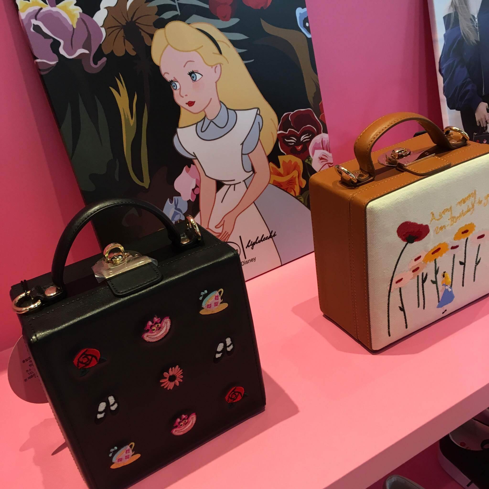迪士尼迷+飾品控暴動吧!朴信惠、孔曉振都愛的超可愛韓牌HIGH CHEEKS快閃店來了!