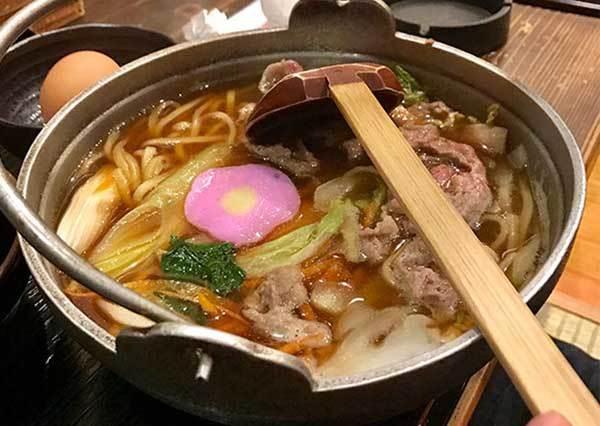 CP美食學生推薦準沒錯!福岡必吃相撲火鍋,超人氣咖哩口味加上起司也太銷魂!