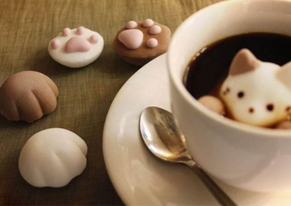 貓奴們快下訂收編!日本限定貓咪甜點TOP 5,人氣商品「杯緣子餅乾」就是要萌翻你!
