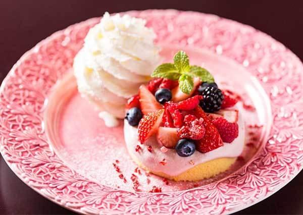 女孩最愛犒賞系甜點!讓人彷彿置身巴黎的「磅蛋糕專賣店」,就算只看裝潢也幸福到飽啊♡