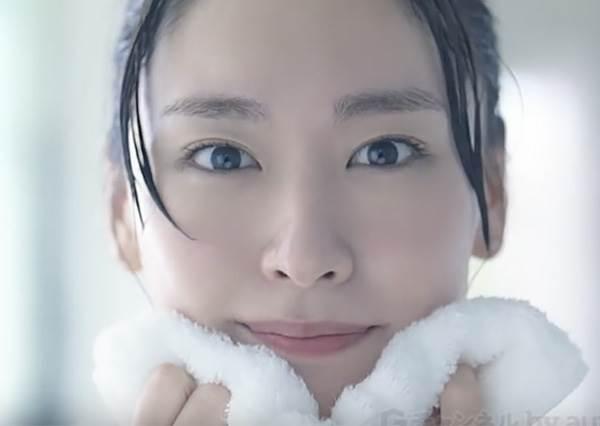 從粉刺爛痘臉變乾淨無暇肌!改善膚況的10招保養術