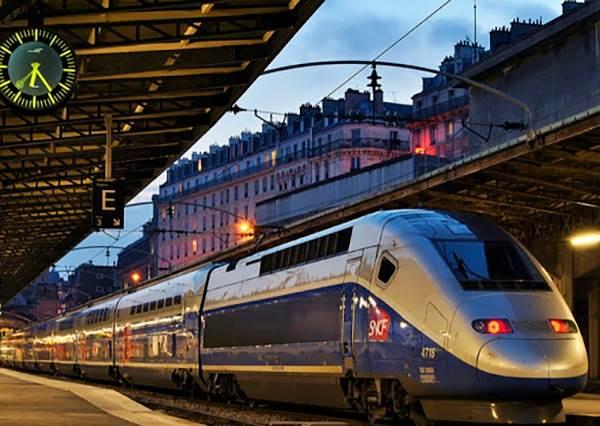 生命不該浪費在迷路上!巴黎交通最強攻略,語言不通也能把法國當作自家廚房橫著走!