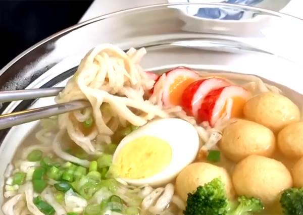 鱈魚香絲煮鮮甜湯麵? 不用海鮮也可以有海味