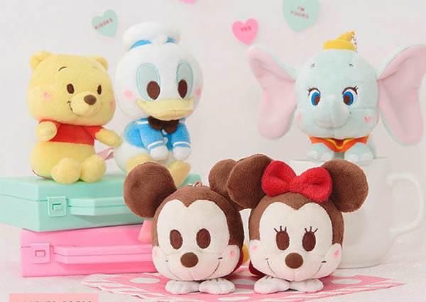 米奇米妮又在放閃啦♡日本最新必敗「活動式」迪士尼玩偶,還能隨身攜帶到處拍Q照!