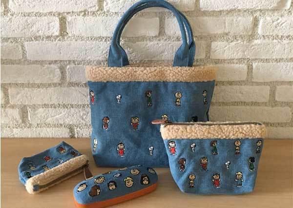 Snoopy迷已融化♡日本PLAZA「聖誕限定」史努比商品,光是包包就好幾款該怎麼選啊?