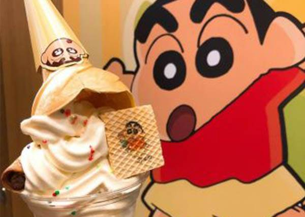 露屁屁外星人來了!讓卡通迷瘋狂的《蠟筆小新》主題餐廳開幕啦,向日葵小班招生ing!