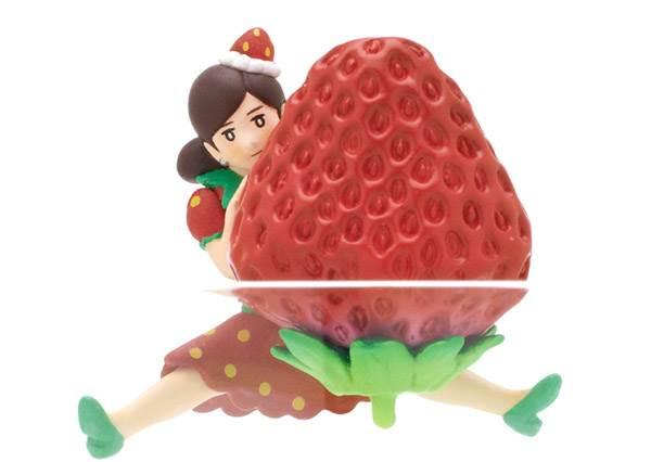 不當OL改穿「超萌草莓裝」?!杯緣子小姐今年冬天換新衣啦,限定款路邊想扭也找不到啊!