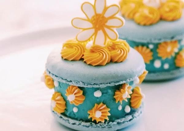 芭比梳妝台上的珠寶盒怎麼發出甜甜香味?超浮誇系馬卡龍~捕夢網這款也好想拿來當飾品