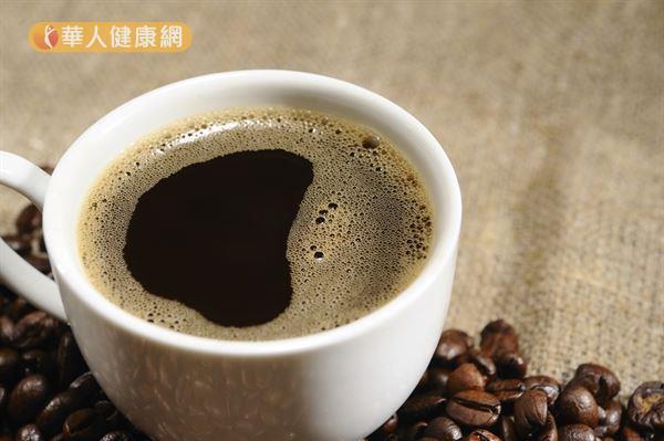一個人每天可以攝取多少咖啡因,目前沒有統一的答案。