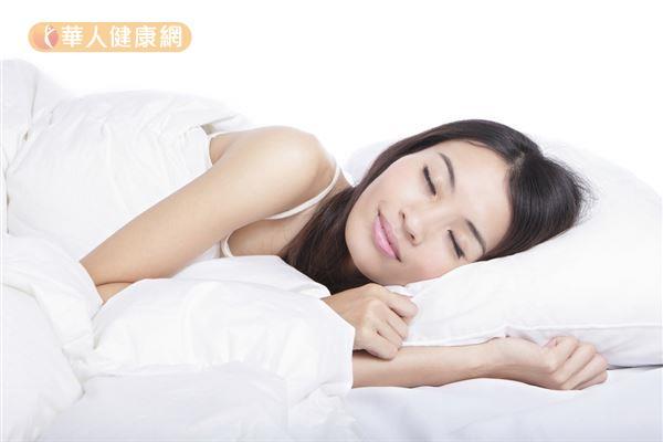 遠離失眠人生,光注意咖啡因攝取量是不夠的,還需要其他良好習慣的配合。