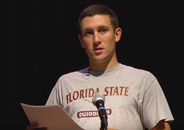 年輕帥氣又品學兼優的畢業生代表,說出畢業誓詞後,大家才知道原來他已經無家可歸12年!