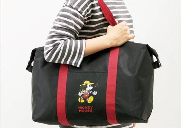 超Q米奇波士頓包只送不賣?!CP值破表「雜誌書」又來攻佔女孩們的心,放假就帶著唐老鴨一起出遊吧♫