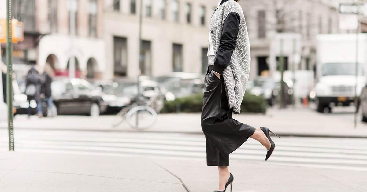 冬天這樣配才時尚!3套經典「大衣+褲裝穿搭」,就算再冷也要露腳踝的原因妳一定要知道!